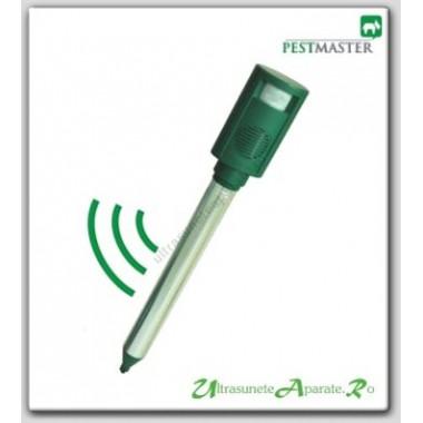Alungi animalele salbatice cu alarma acustica si senzor de miscare (70 mp) Pestmaster Animal Repel