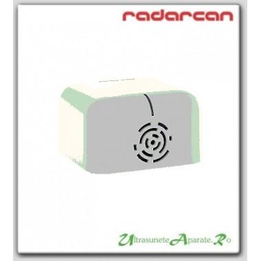Opreste cainile din latrat cu dispozitivul cu ultrasunete Radarcan R-303 (30 m)